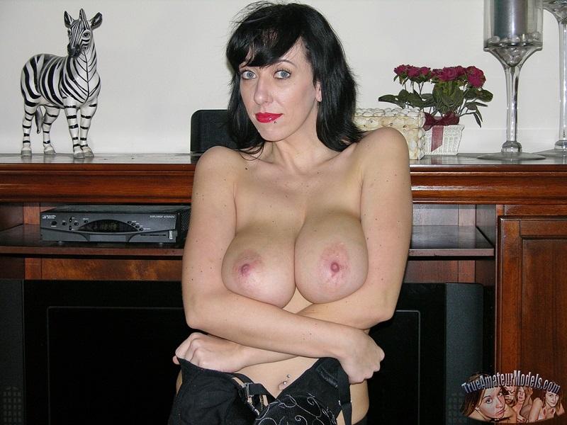 Femdom nude mixed wrestling photos