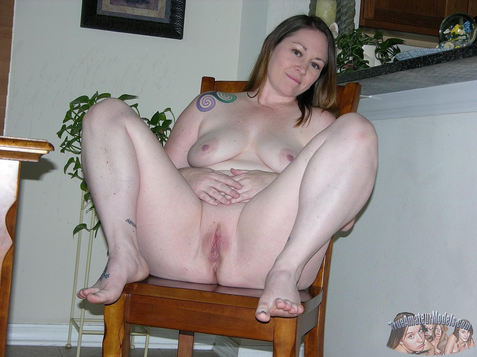 Amateur Bbw Nude Model Meredith - Trueamateurmodelscom-8300