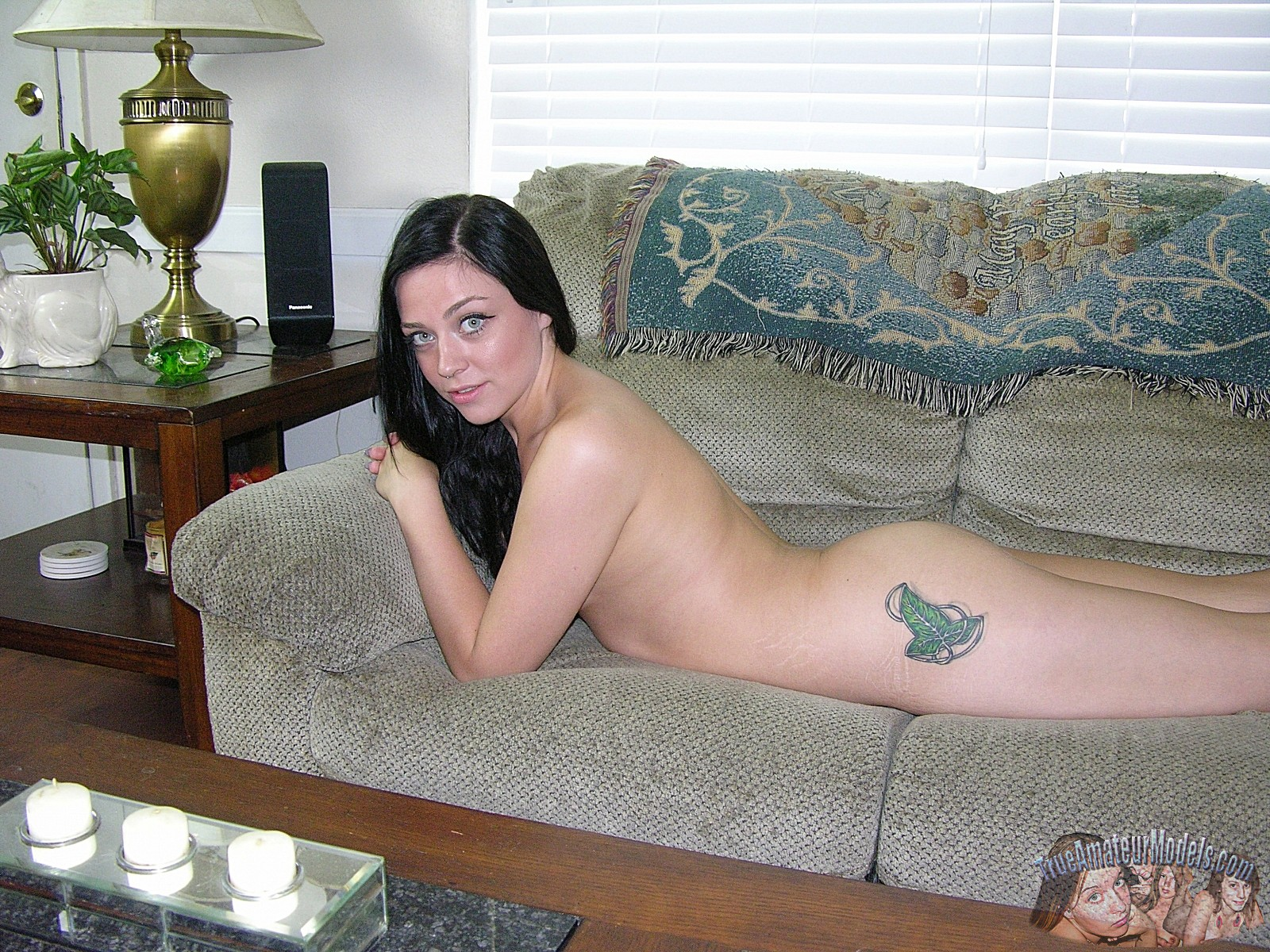 free-pictures-true-amateur-model-sexy-naked-tattooed-bitches