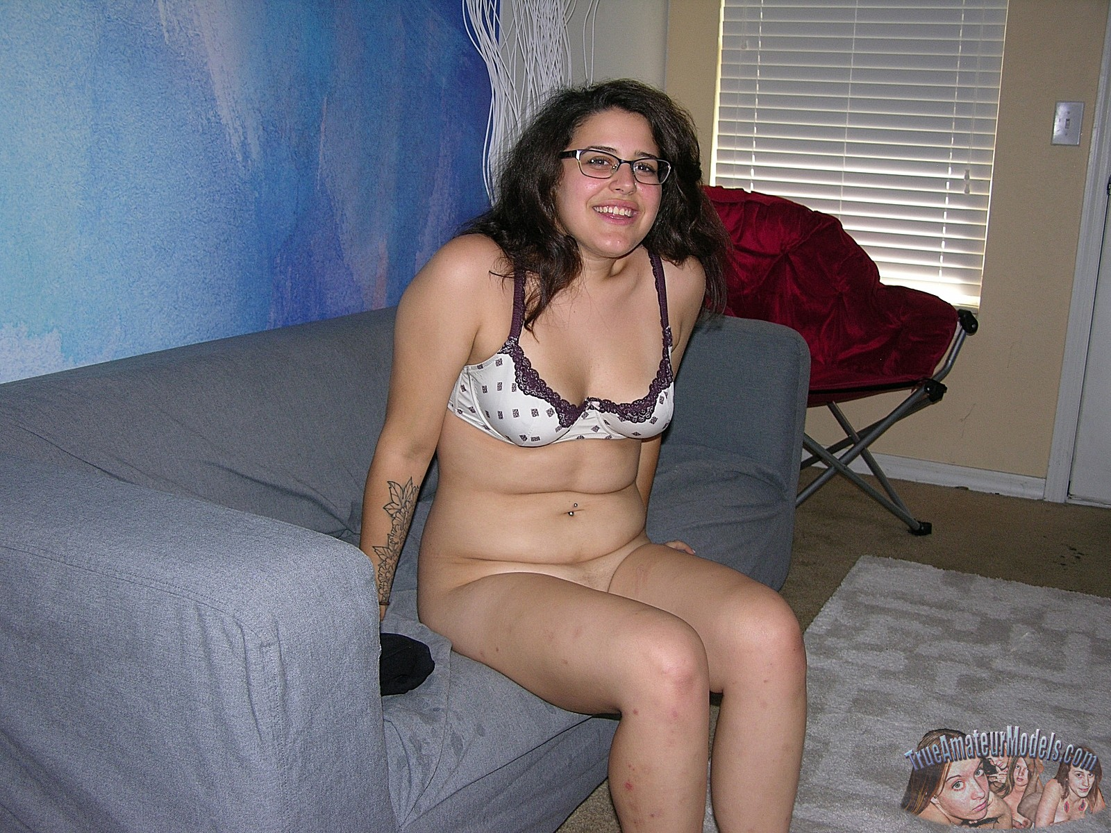 Amateur Girl Wearing Glasses - Bella From -8770