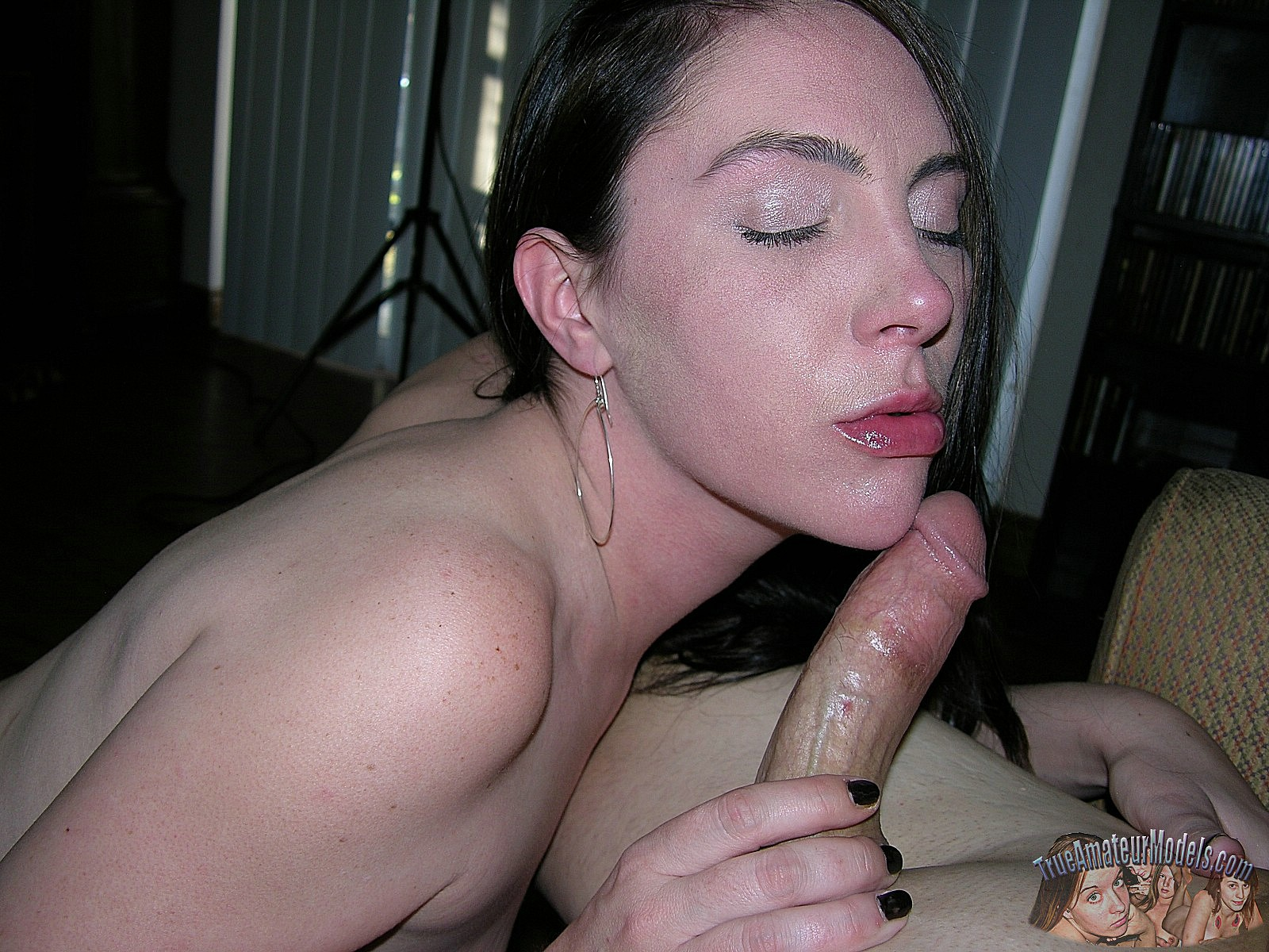 Homemade milf nude bj