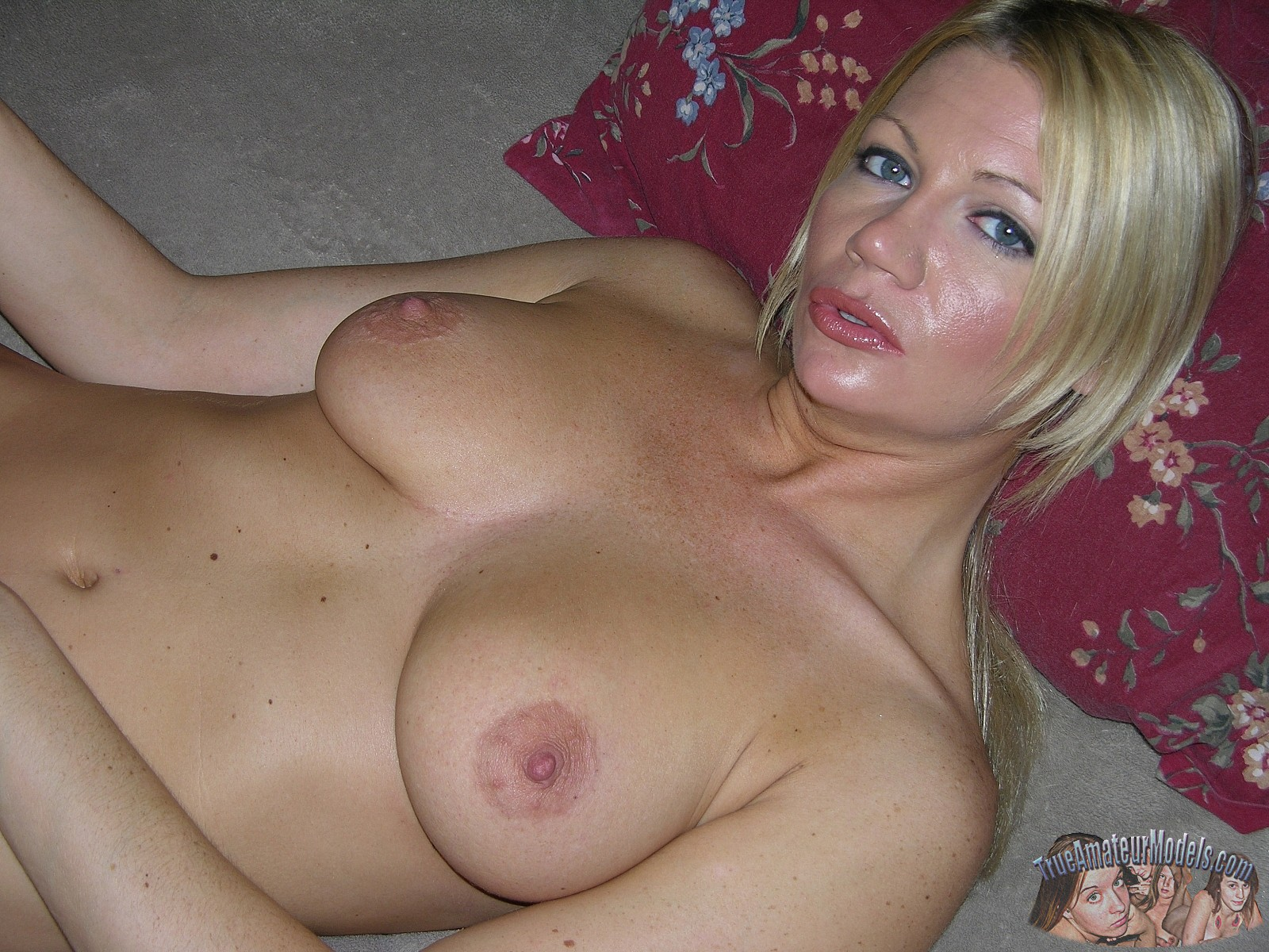 True blond hairy milf