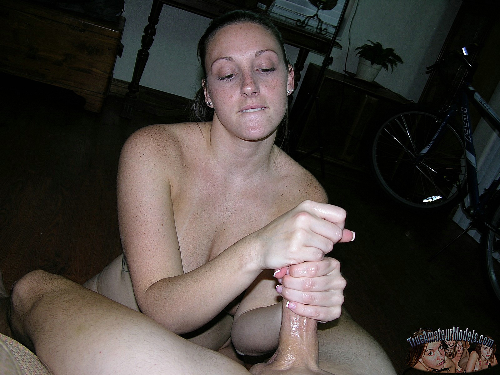 Women searching for huge cock
