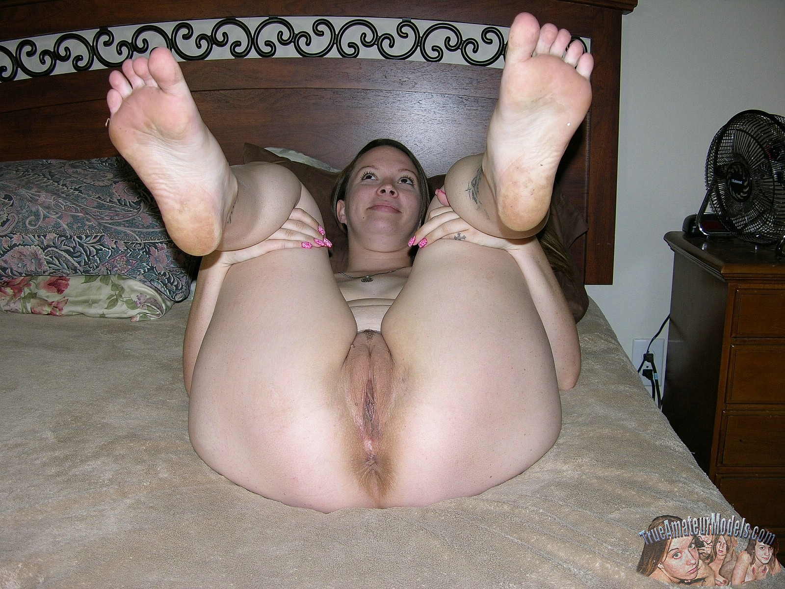 Full-grown nude plump amateurs