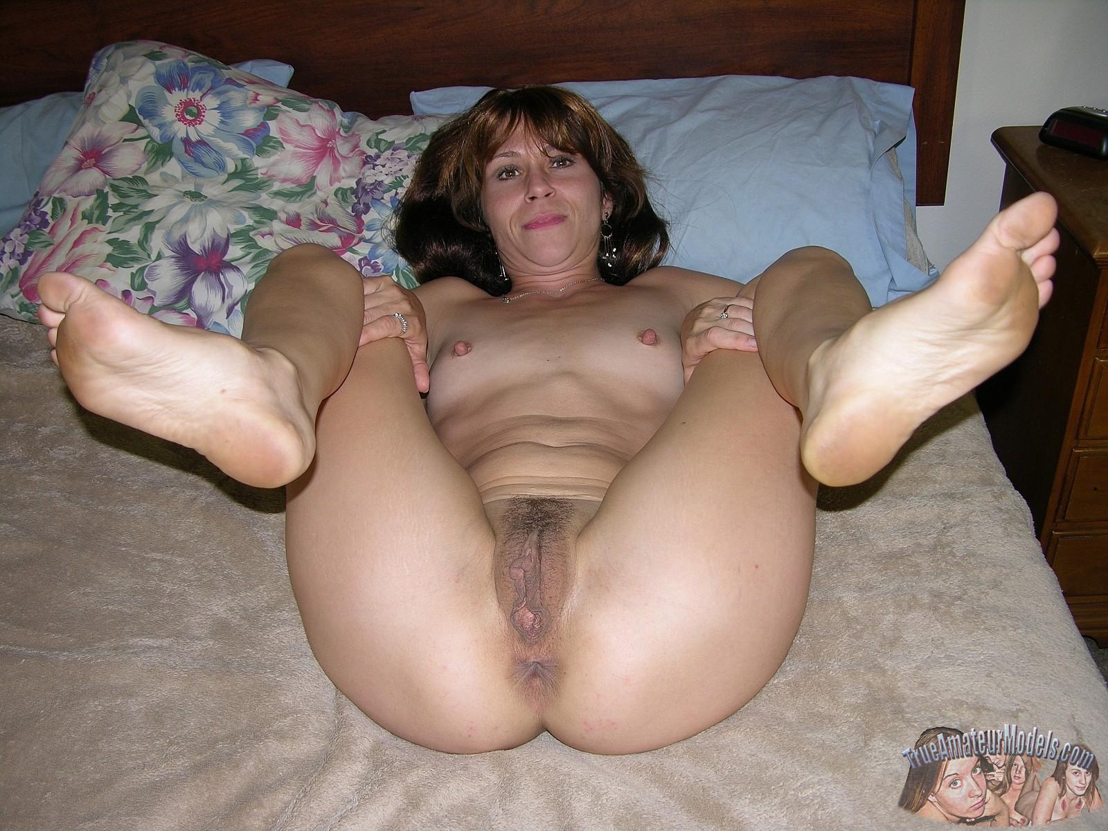 true amateur milf nude