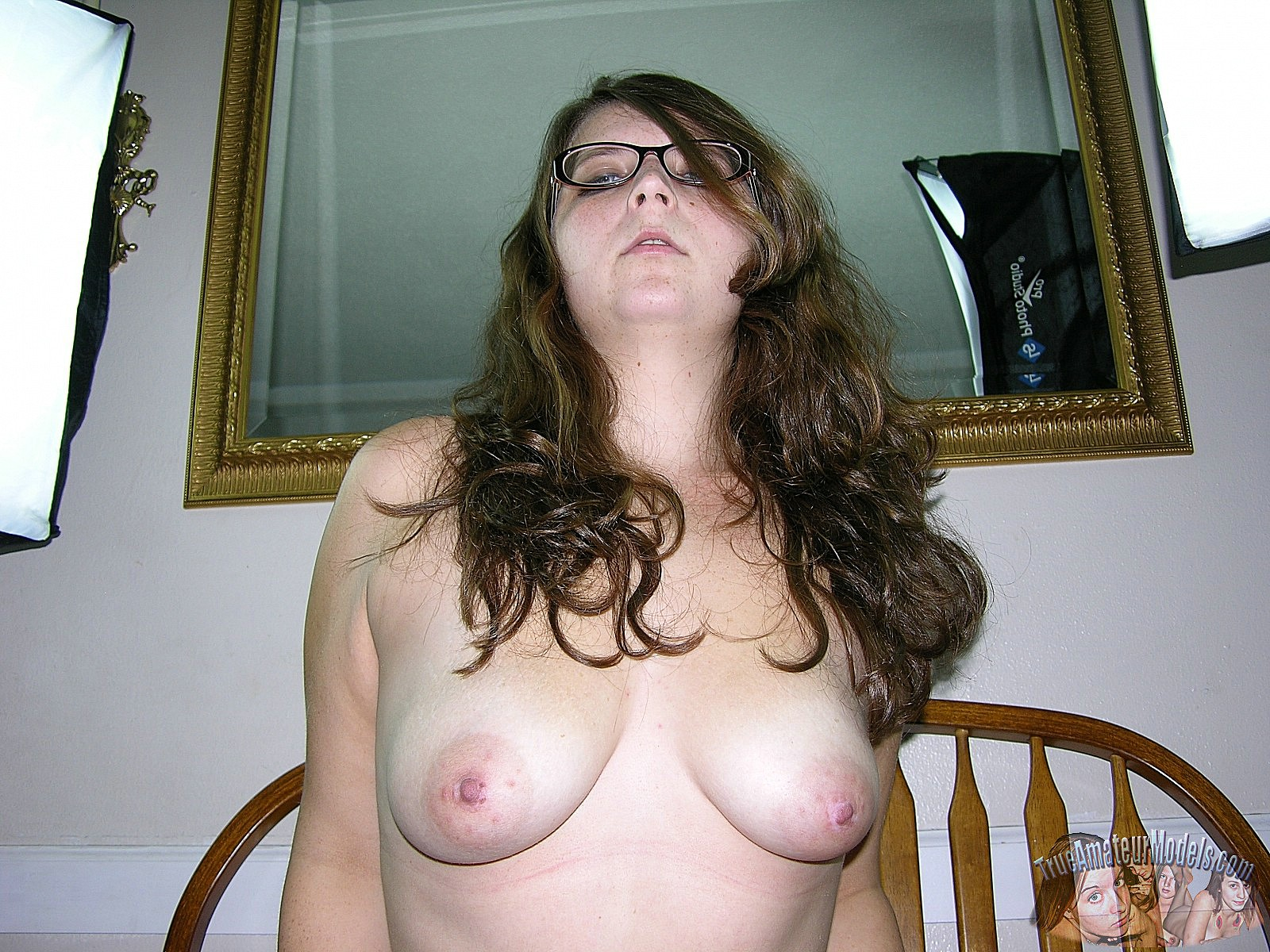 busty horney sluts at home