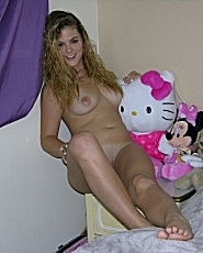 Real Amateur Teen Kendra Modeling And Spreading Nude - Picture 12
