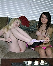 Amateur Babes Krystal And Remelia Modeling Nude - Picture 7