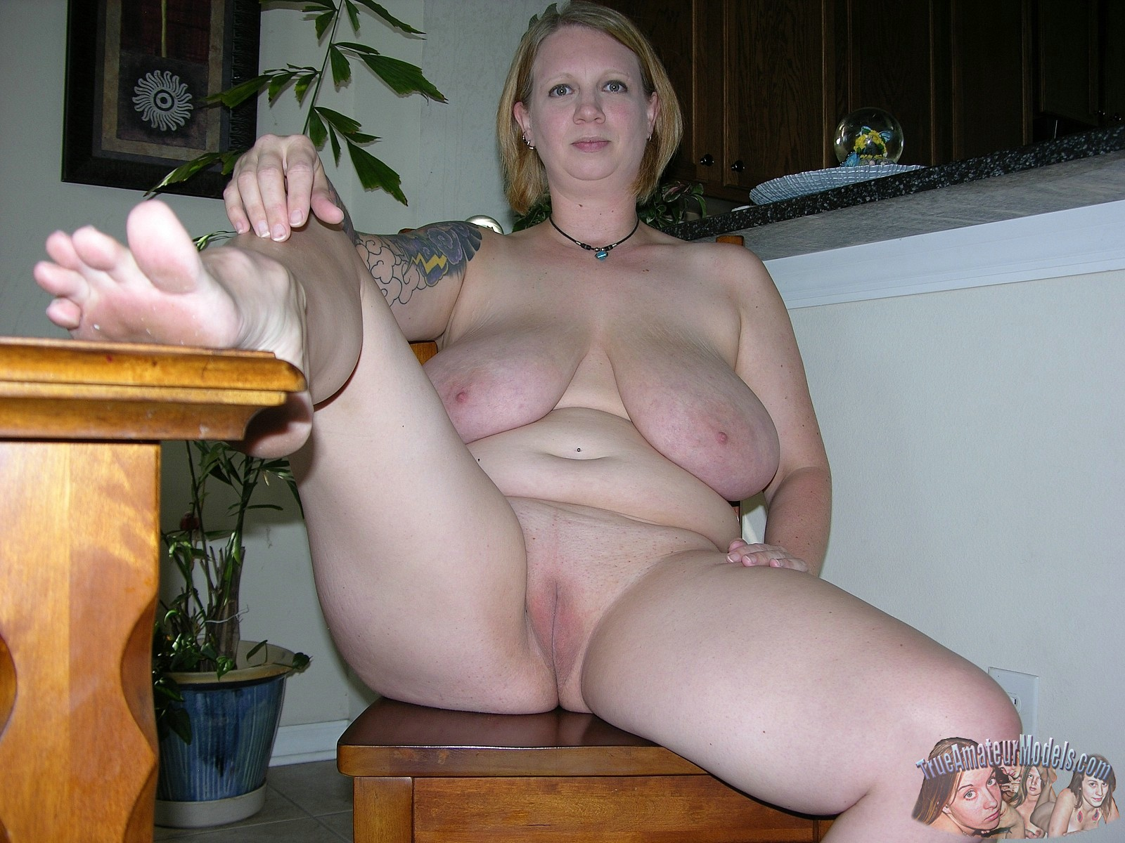 Real amateur chubby women and
