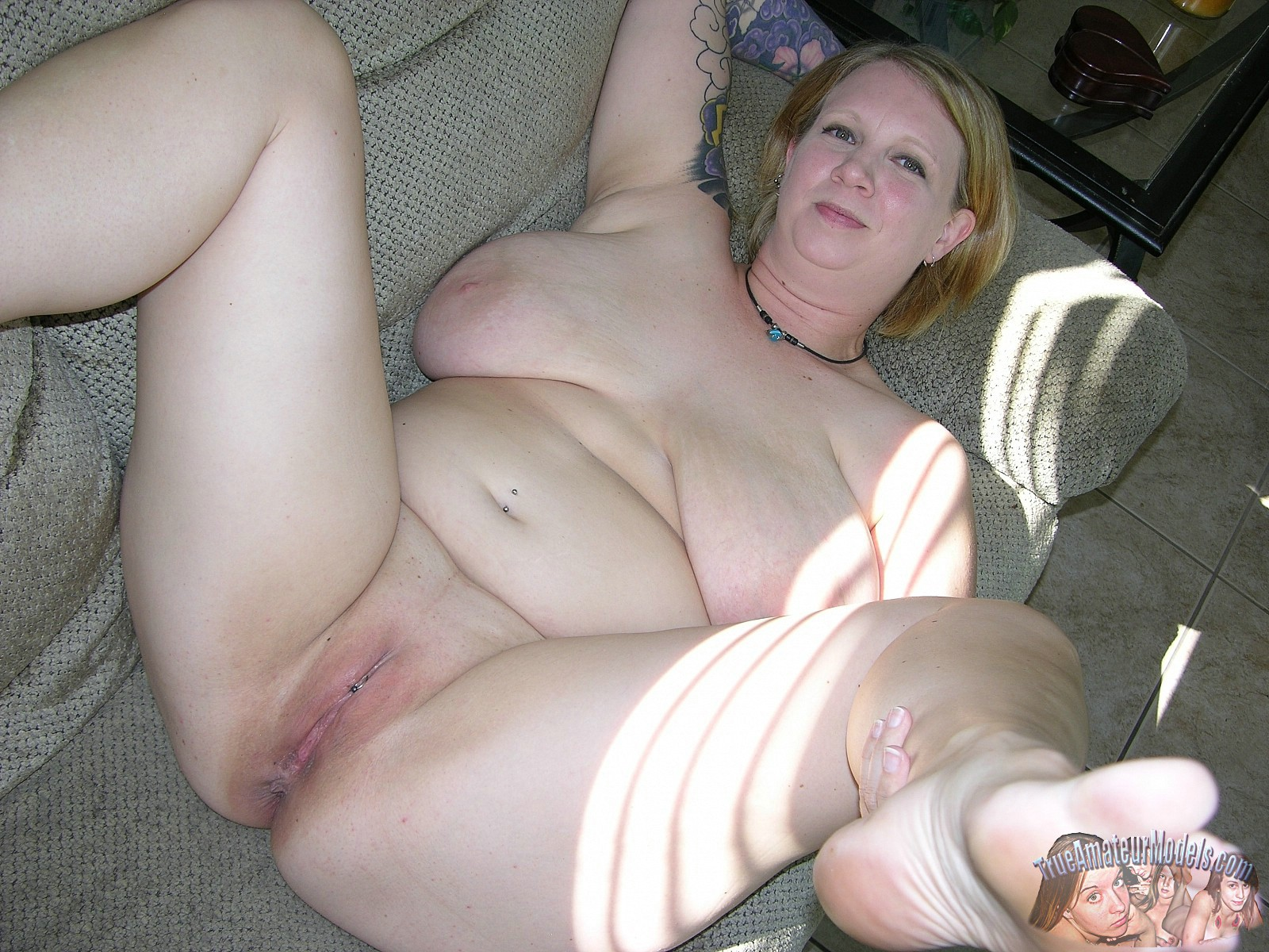 She great blonde chubby mature spread was her perfect