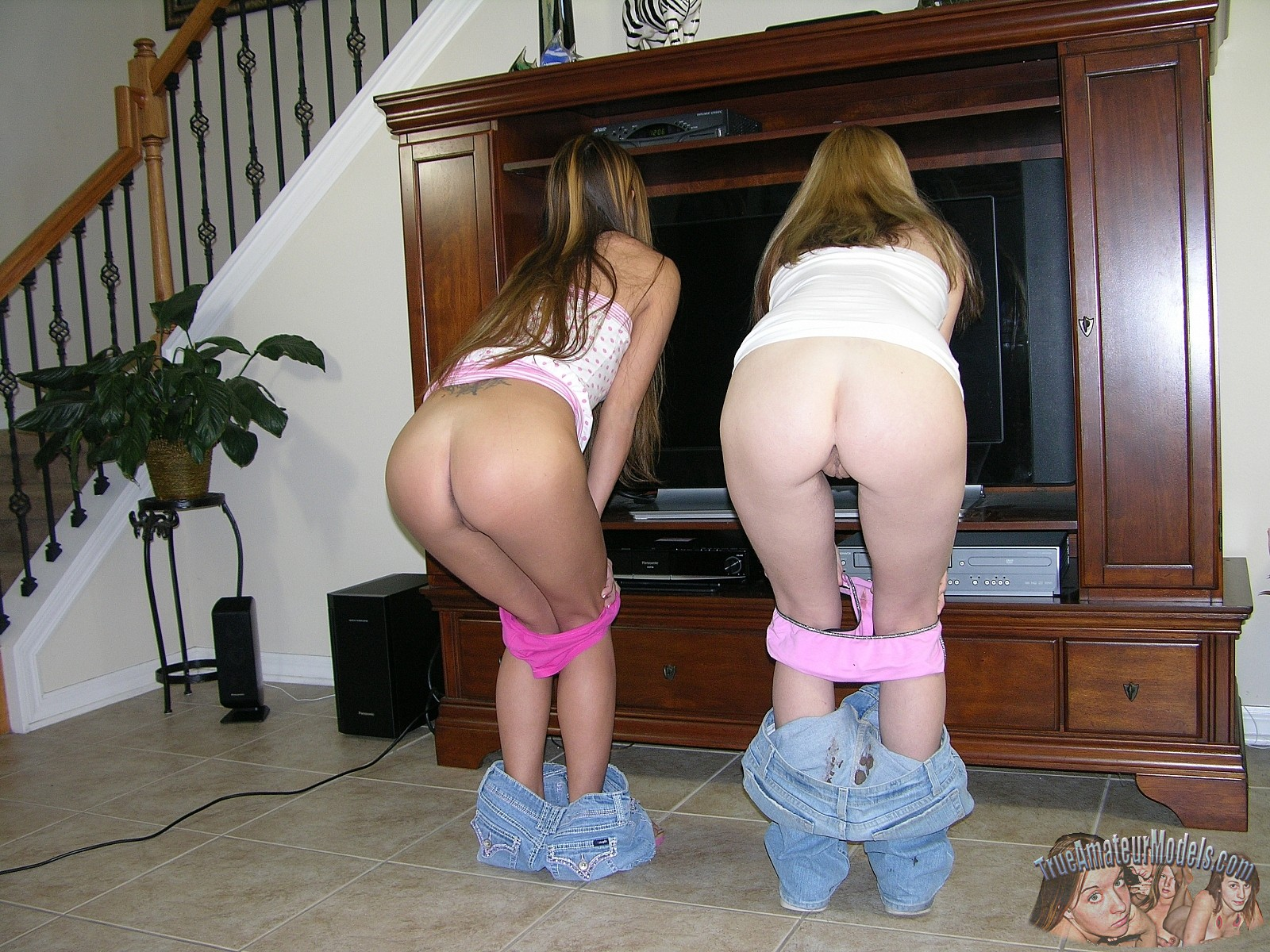 Down over panties candid girls bent