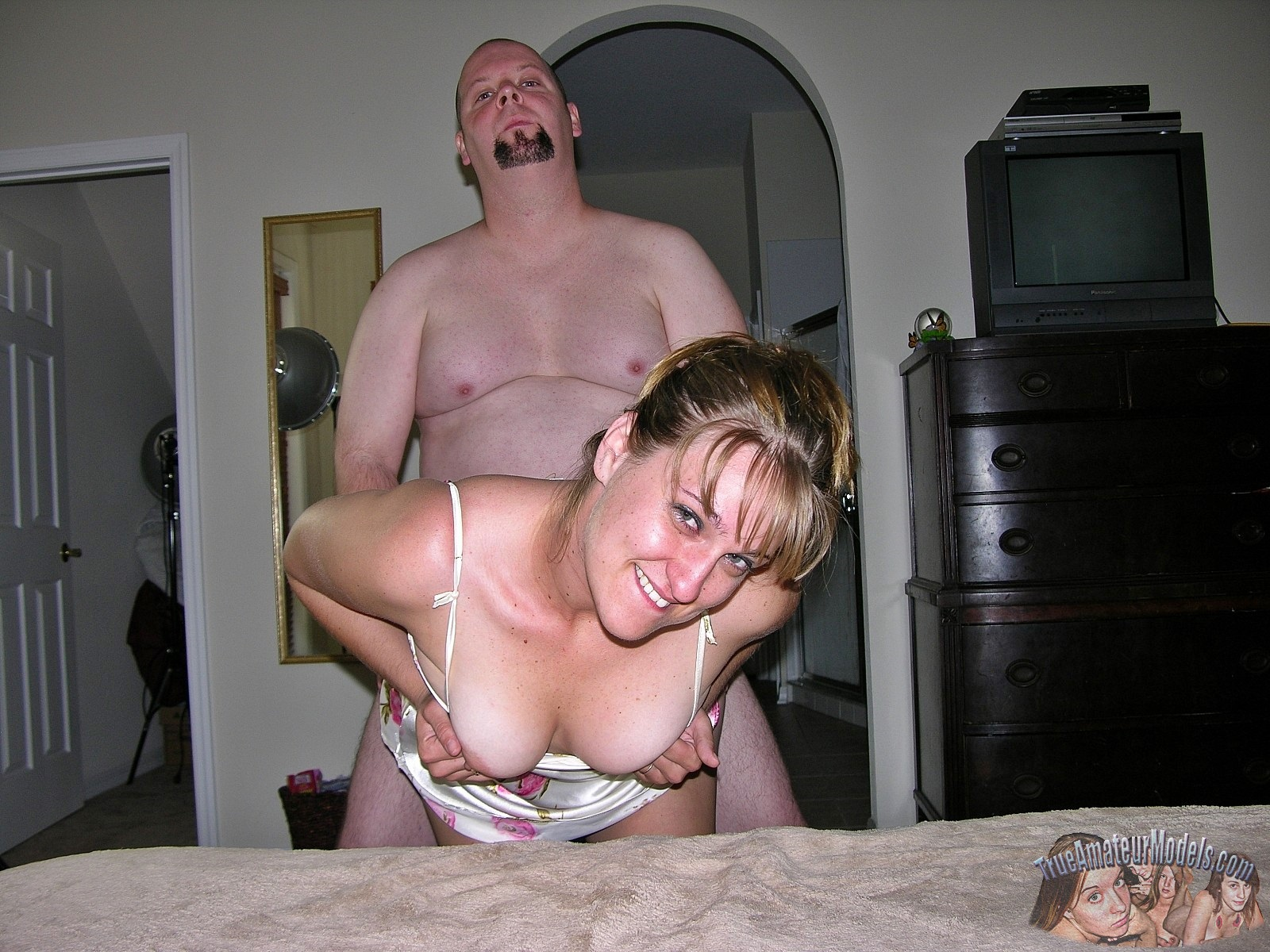 Amateur girl anal