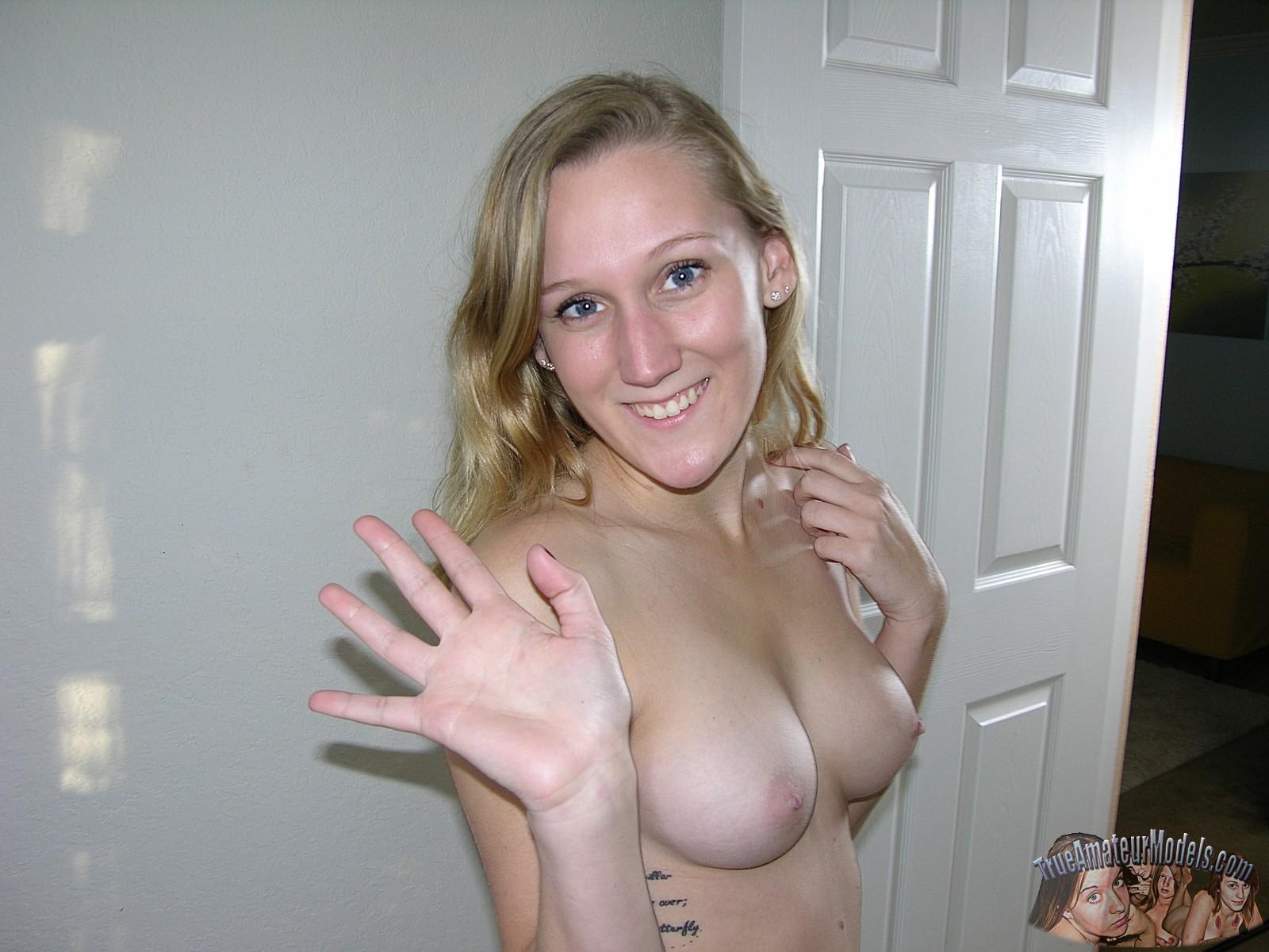 Fully nude girl on girl sex