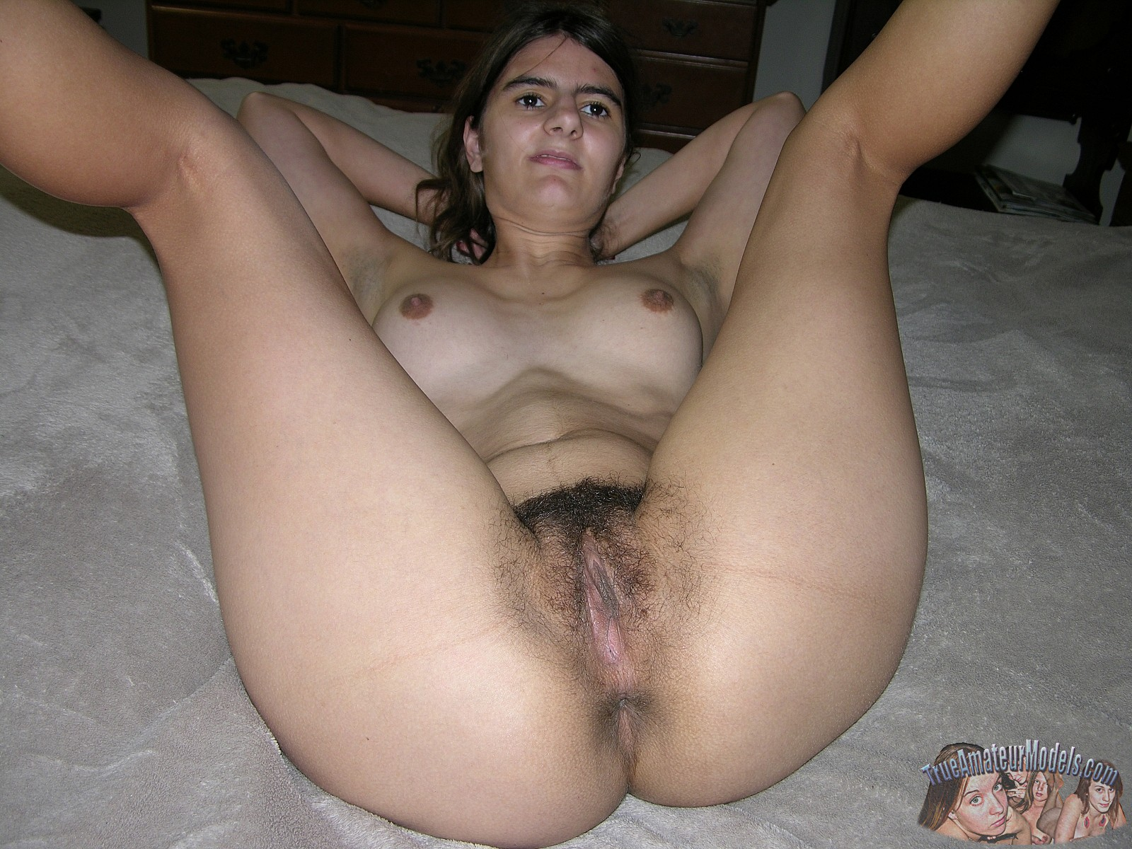 indian lady spread pussy lips