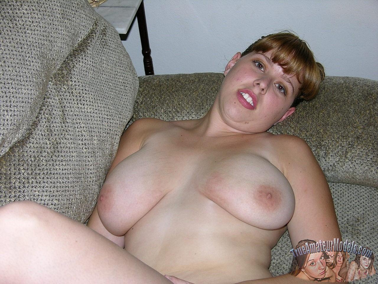 true amateur models riley nude