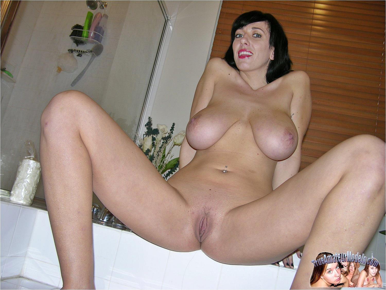 amateur natural boob video