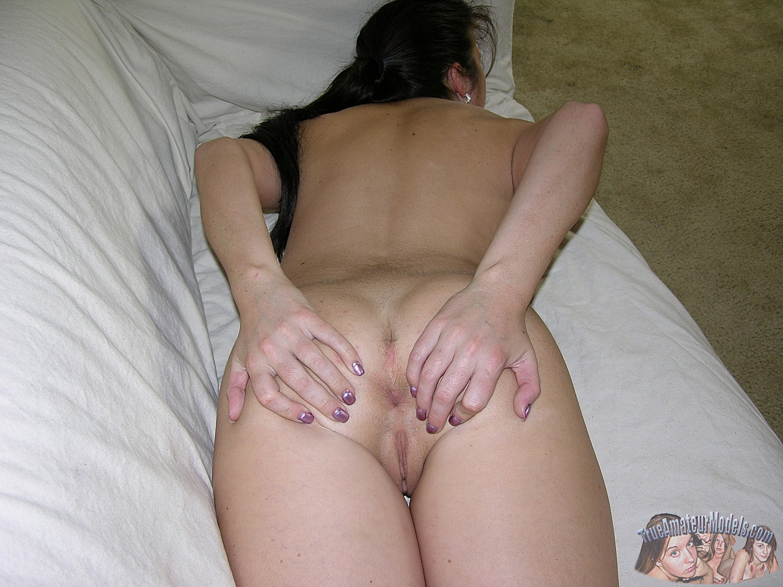 amateur nude girl ass