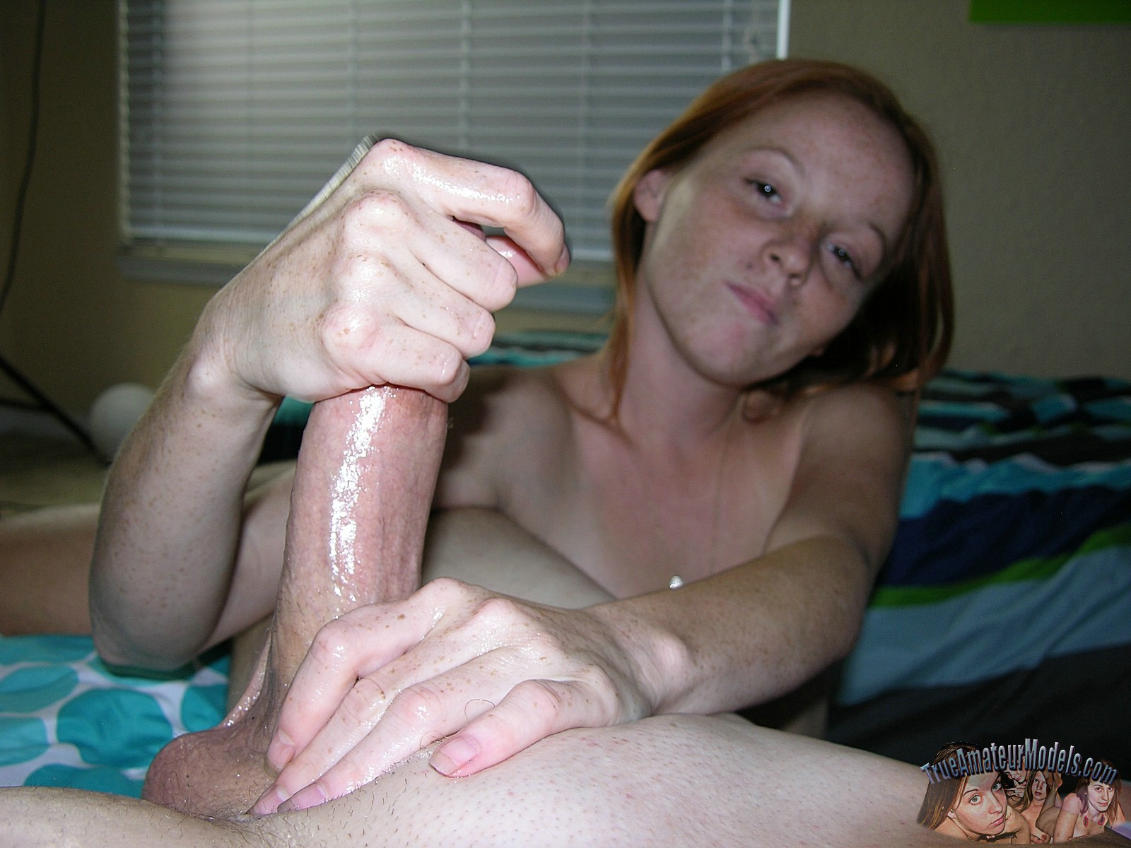 amature sex hand job