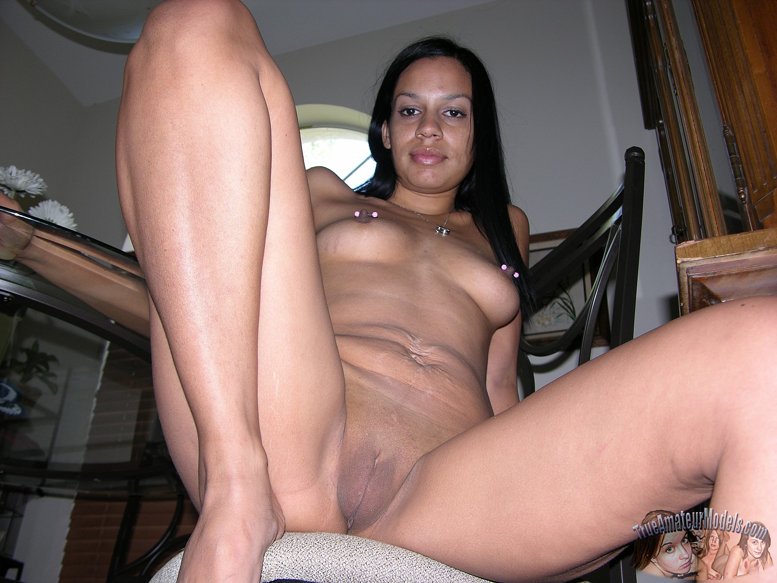 amateur black female nude