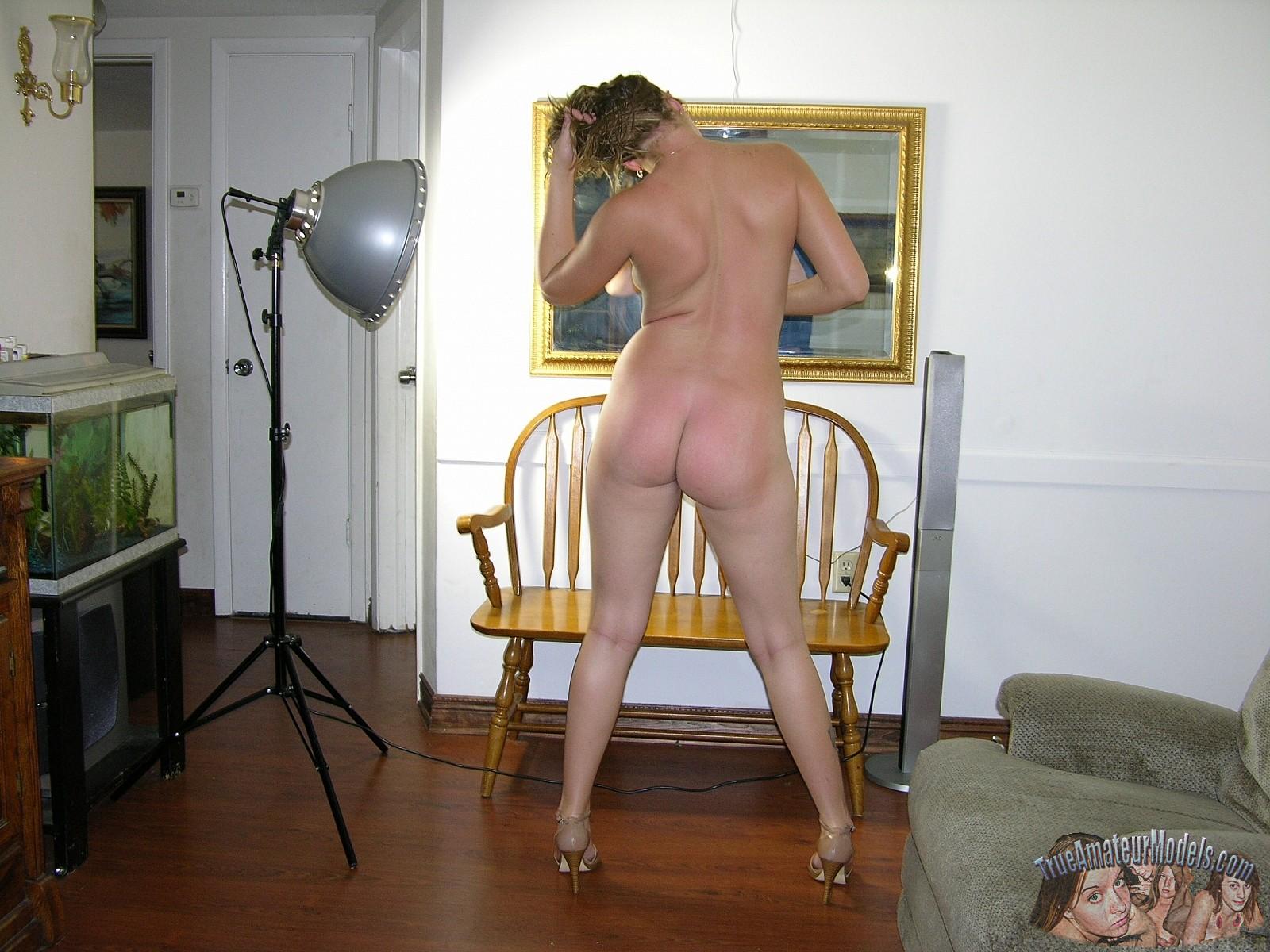 nicki minaj tits naked