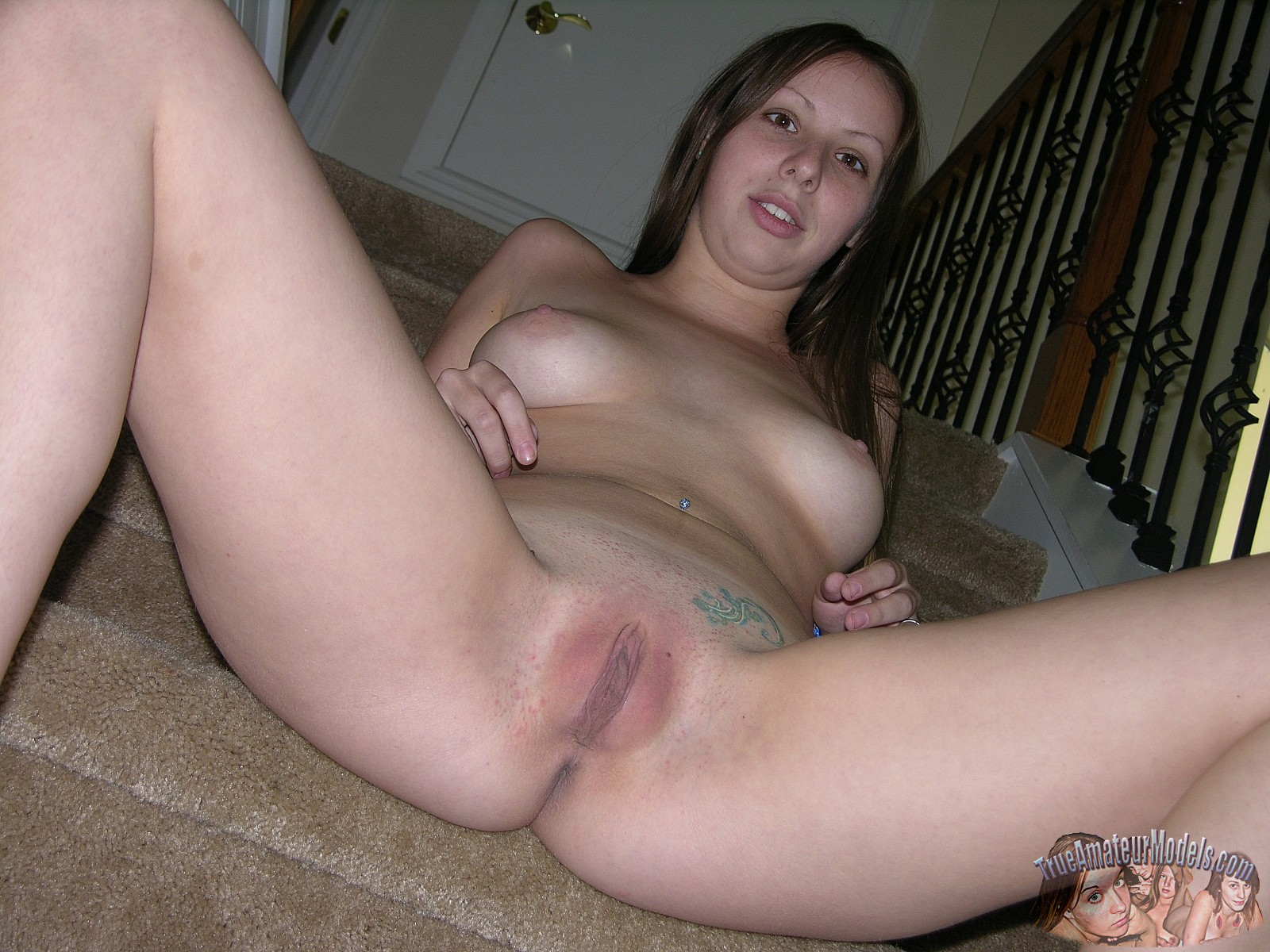 spread Amateur blonde eagle pussy girl